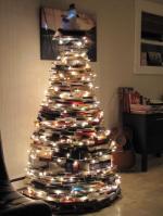 book-xmas-tree